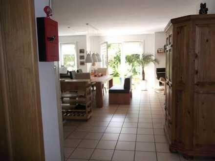 Brühl-Kierberg, 90qm Wohnung im Grünen, mit kleinem Garten