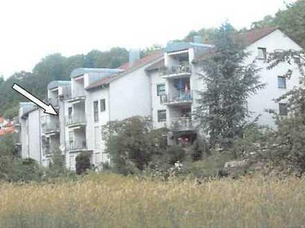 Günstige, gepflegte 4-Zimmer-Maisonette-Wohnung mit Balkon und Einbauküche in Schwäbisch Gmünd