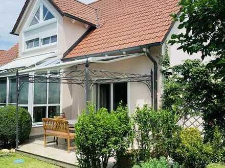 Einfamilienhaus mit Einliegerwohnung in Regensburg-Süd