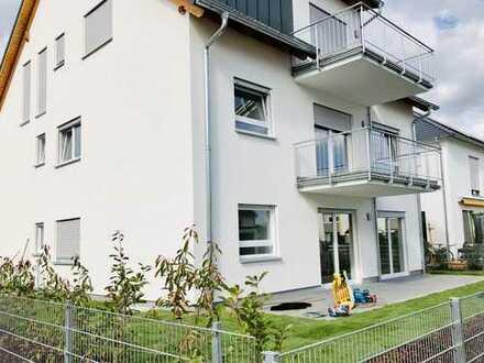 Erstbezug: schöne 3-Zimmer-DG-Wohnung mit Balkon