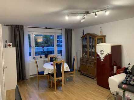 Helle, renovierte 3-Zimmer Wohnung in Stuttgart-West mit 2 Balkonen