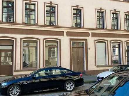Stilvolle, sanierte 4-Zimmer-Wohnung in Düsseldorf