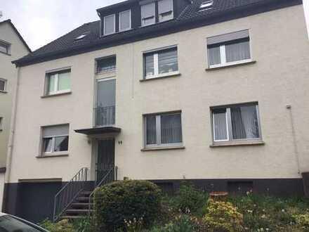 RESERVIERT // FRISCH RENOVIERTE 2-Zimmerwohnung fußläufig zum Knappschafts-KH