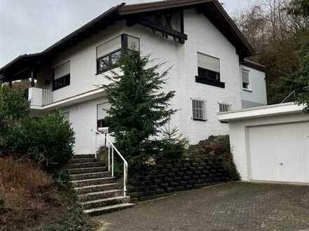 frei stehendes Einfamilienhaus in Höhenlage von Blieskastel