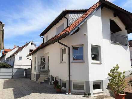 Moderne, helle 3-Zimmer-Wohnung im 1.OG (DG) 100m² in einem 2-Familienhaus