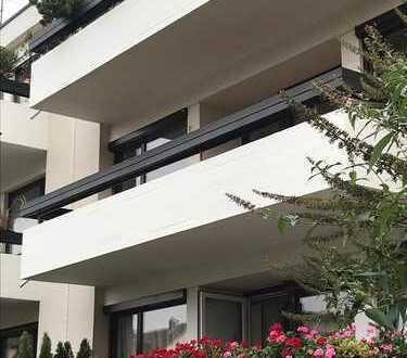 Erstbezug nach Sanierung: exklusive helle 3-Zimmer-Wohnung mit Balkon in Augsburg, Göggingen