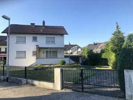 Freistehendes 1- bis 2-Familienhaus mit An- u. Ausbaumöglichkeiten in Obertshausen