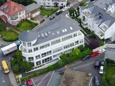 Nur noch eine freie Etage: Exklusive Büro-Villa vom Eigentümer