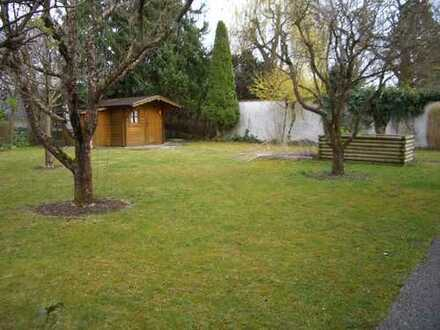2,5-Zimmer-EG-Wohnung mit Hobbyraum und großem Garten