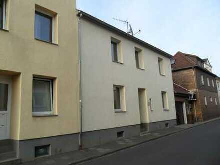 Schicke gepflegte 1,5 Zimmerwohnung im Zentrum von Bad Honnef, Vermietg. an junge Leute bis 30 Jahre