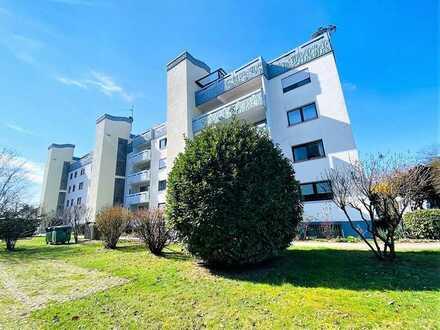 Neu renovierte 3,5-Zimmer Eigentumswohnung mit Balkon, Einzelgarage, Keller und tollem Burgblick