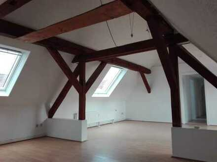 Helle sanierte 3-Zimmer-Dachgeschosswohnung in Moringen