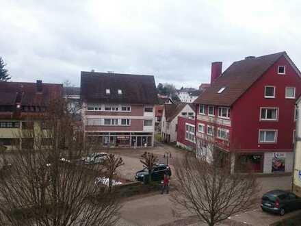 Wunderschöne Dachgeschosswohnung, direkt am Marktplatz