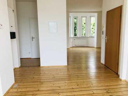 680 €, 83 m², 2 Zimmer