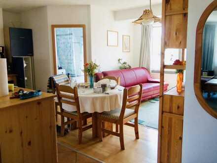 (360°-Rundgang) Möblierte 3-Zimmer-Wohnung mit Balkon + EBK; Mietdauer für 2 Jahre befristet!