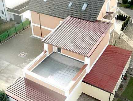 PROVISIONSFREI !!Lichtdurchflutete Penthauswohnung in zentraler und ruhiger Lage - Großer Balkon