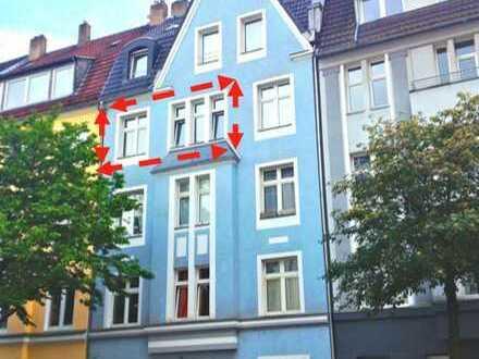 """""""MINI PENTHOUSE"""" Medienhafen, Düsseldorf, RENOVIERTE 2 Zimmer Whg, OHNE PROVISION mit Balkon & Küche"""