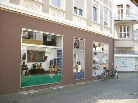 Ladenfläche in der idyllischen Mendener Fußgängerzone für 5e/m² zu vermieten !!1