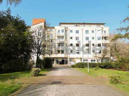 Unkomplizierte Gelegenheit in bester Lage: 2-Zimmer-Apartment mit Balkon in schöner Seniorenresidenz