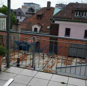 Traumhafte Galeriewohnung mit Dachterrasse in der Altstadt!