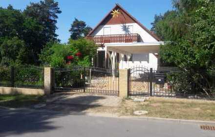 Schönes, geräumiges Haus mit Einliegerwohnung in Michendorf provisionsfrei vom Eigentümer