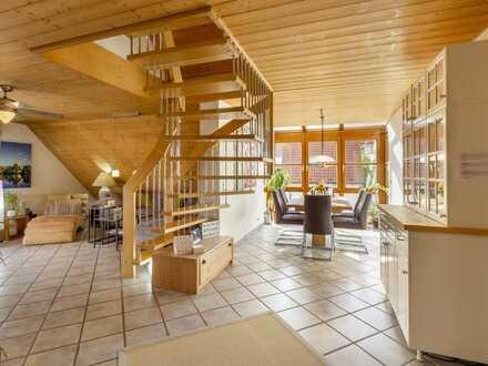 Da ist mehr drin als Sie denken - Dachgeschosswohnung in Neckarhausen mit XXL-Bonusfläche