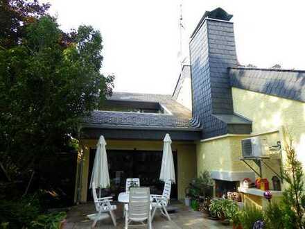 Traumhaus im Grünen mit Innen-Swimmingpool