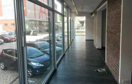 Ladengeschäft / Büro / Restaurant. Fläche vielseitig nutzbar.