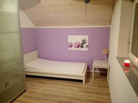 14qm möbiliertes Zimmer in großem Neubau mit Garten