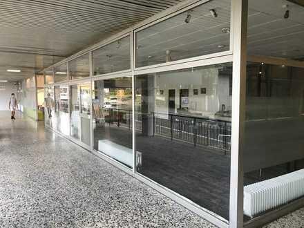schönes, helles Ladenlokal zu verkaufen