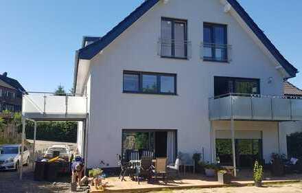 Schöne, helle Wohnung zum Erstbezug über 2 Etagen mit großem Balkon in Dortmund Berghofen