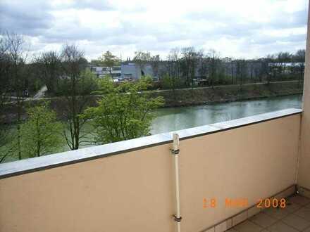 3-Zimmer Wohnung mit Blick auf den Rhein-Herne-Kanal