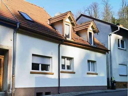 Kleines Stadthaus in ruhiger Seitenstraße