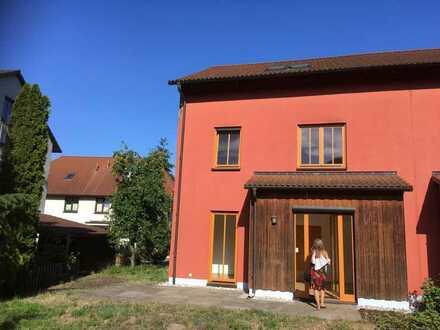 Schöne Doppelhaushälfte mit fünf Zimmern Taucha Besichtigung 01.08.20 12-16h