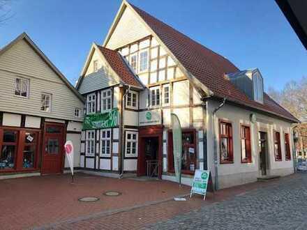 Exklusives Fachwerkhaus mit 1-A Gewerbefläche in der Zigarrenstadt