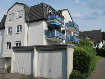 Gepflegte 2-Zimmer-Dachgeschosswohnung mit Balkon und Garage in Menden