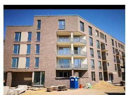 Erstbezug: schöne 2-Zimmer-Wohnung mit Einbauküche und Balkon in Eppendorf, Hamburg