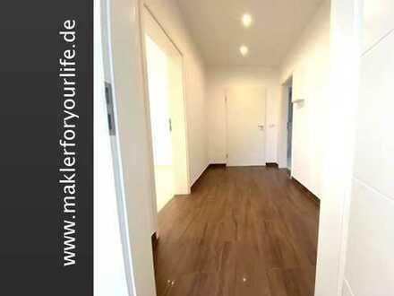 *Erstbezug nach Sanierung* Repräsentative 3 - Zimmer Luxuswohnung mit Gartennutzung und Terasse