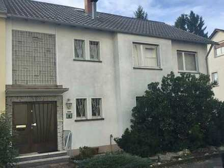 Doppelhaushälfte mit viel Potential in Karlsruhe Weiherfeld-Dammerstock