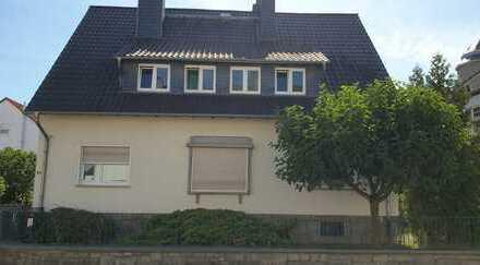 Schönes Haus mit sieben Zimmern in Offenbach (Kreis), Mühlheim am Main