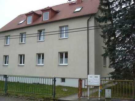 Schöne zwei Zimmer Dachgeschoßwohnung in Dresden, Bühlau