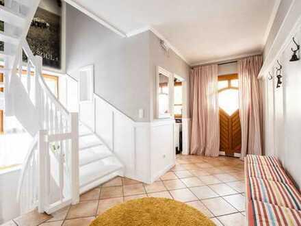 Einfamilienhaus in idyllischer Lage! Einziehen und wohlfühlen