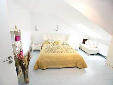MA-Blumenau - Großzügige Doppelhaushälfte mit Einliegerwohnung