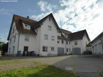 Schöne 3-Zimmer-Wohnung mit Balkon im DG in Mittelbuch