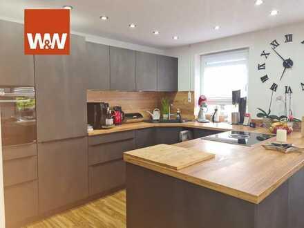 Geschmackvoll modernisierte Vierzimmerwohnung sucht neuen Besitzer.