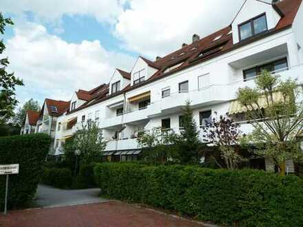 **NEUSÄß/ HAMMELLOHE** Ruhig gelegene 2 ZKB- Erdgeschosswohnung mit Wintergarten und Gartenanteil