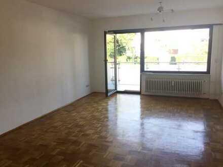 Super hell & wohnlich - Schöne 2,5-Zimmerwohnung mit Balkon und Garage in Viernheim