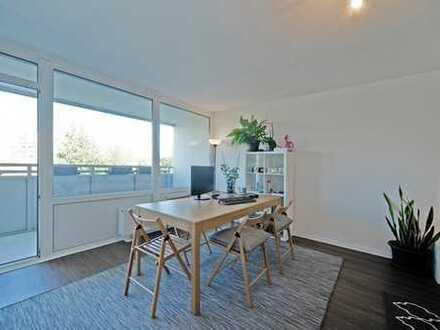 E & Co. - Helle 2,5 Zimmerwohnung - Saniert und inklusive Tiefgarage