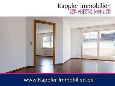 Sonnige 4 Zimmer-Wohnung mit Balkon, Garage und Außenstellplatz I Kappler Immobilien