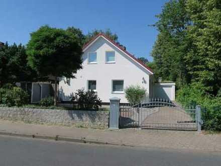 +++Provisionsfrei+++ Einfamilienhaus in beliebter Lage in Hamburg-Hummelsbüttel